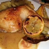 Muslos de pollo horneados con patatas