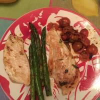 Pollo, cherrys y bimi