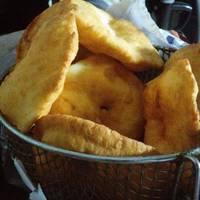 Tortas Fritas con Levadura