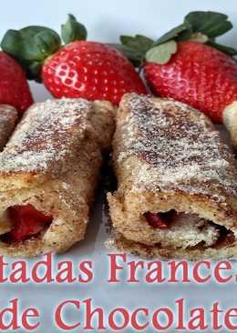 Tostadas francesas con chocolate y fresas