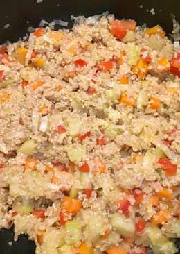 Quinoa salteada con verduras y salsa de soja