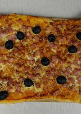 Pizza con masa de harina de quinoa