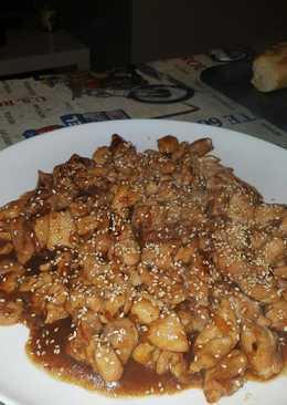 Pollo al tepanyaki o teriyaki oriental