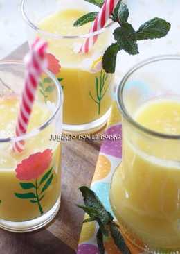 Batido de piña natural y agua de coco, detox y quemagrasas - Pineapple and coconut water smoothie detox