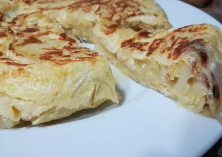 Tortilla de patatas con cebolla al microondas