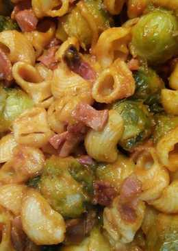 Coles de Bruselas con pasta