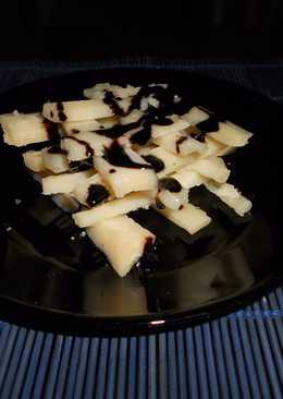 Aperitivos con queso parmesano