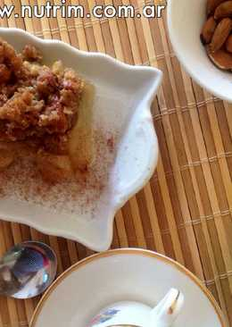 Crumble de Manzana con Avena y Frutas Secas (s/masa)