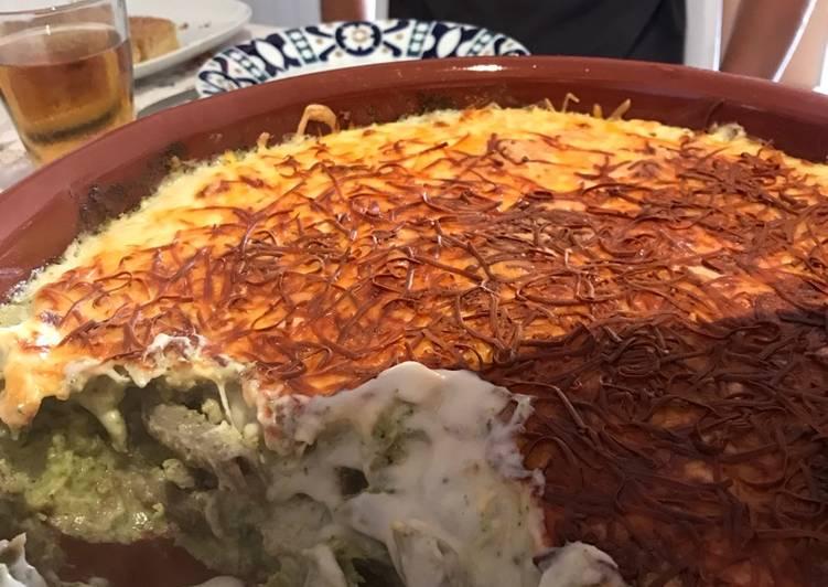 Macarrones gratinados de trigo sarraceno con brócoli y anchoa
