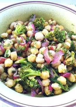 Garbanzos con mini champiñones Cogumelos y brócoli - vegano