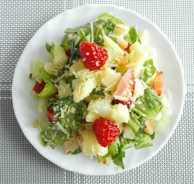 Ensalada de Espinaca, manzana y fresa