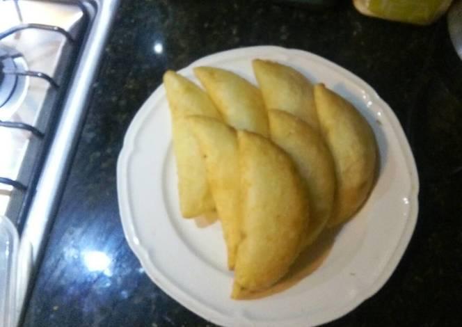 Empanadas de yuca rellenas con queso receta de jessika - Como cocinar yuca ...