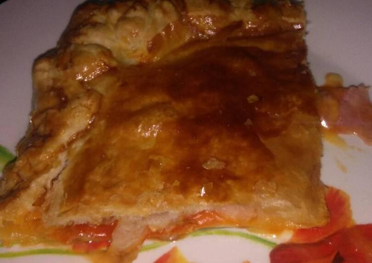 Empanada de jamón cocido y queso