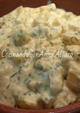 Patatas en salsa cremosa de cebollino y mostaza