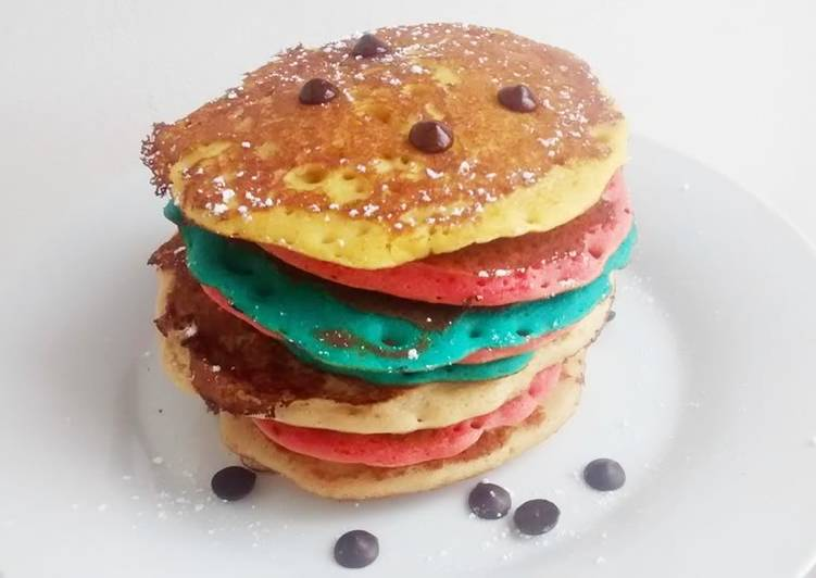 Tortitas americanas (pancakes) de colores