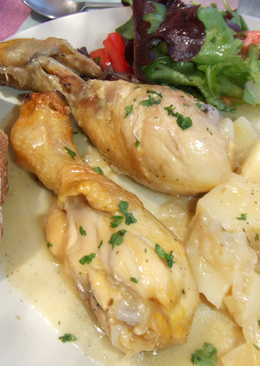 pollo en vino blanco