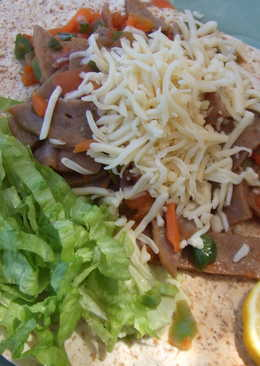 Tortillas con revuelto de hortalizas y pavo