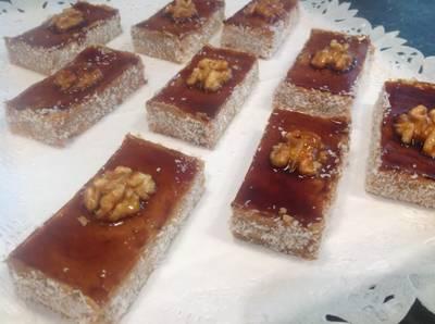 Pastelitos de hojaldre con nueces y coco