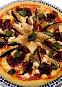 Pizza de higos y cecina de León