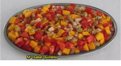 Ensalada de berberechos y mango