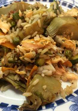 Verduras con arroz y salmón
