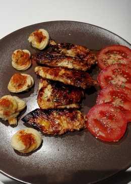 Pechuga de pollo al estragón caramelizada con salsa de soja