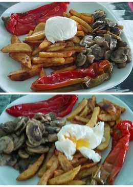 Patatas especiadas con huevo poché