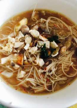 Sopa de Miso con fideos