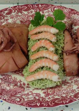 Calamares y chocos al rosado y arroz con cilantro y langostinos