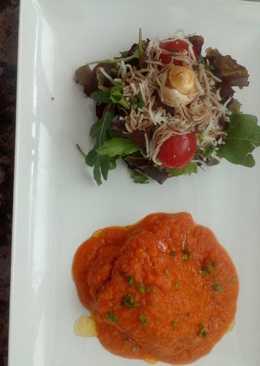 Bonito del cantábrico con tomate y ensalada de cítricos