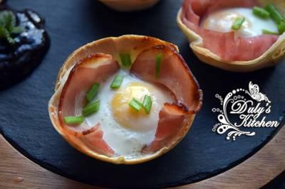 Tartaletas de Bacon, queso y huevo
