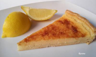 Tarta de limón fácil con base de hojaldre