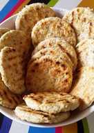 Galletitas con harina integral, queso y sésamo a la plancha