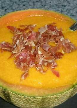 Gazpacho de melón con jamón. bychusmi