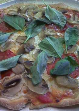 Pizza de champiñones y chorizo 100% casera
