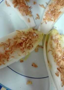 Endivias con cebolla caramelizada