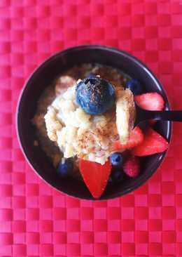 """Porridge con """"berries"""" y plátano"""