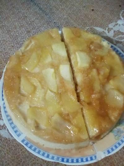 Torta invertida de manzana en microondas (en solo 10 minutos)