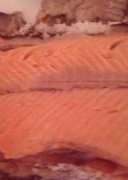 Trucha asalmonada a la sal