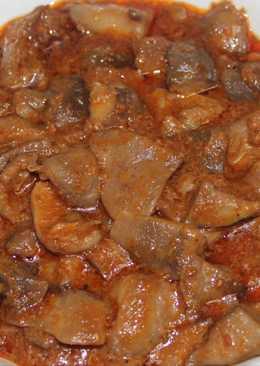 Setas en salsa con jamón