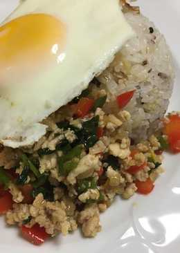 Pollo Thai con Albahaca