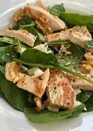 Ensalada de espinacas y pollo