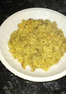 Arroz sin verduras con cazón y conejo