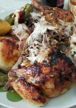 Pollo asado con pimientos verdes