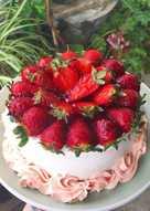 Tarta nata y fresas SIN GLUTEN y Sin Lactosa