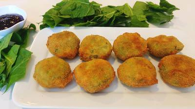 Nuggets de pollo con espinacas