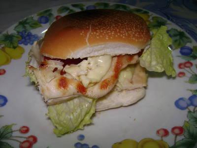 Sándwich de pollo primavera