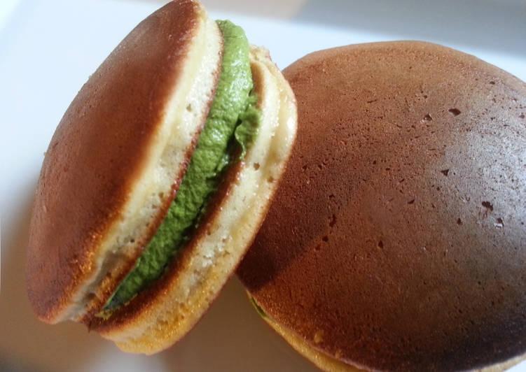 Dorayaki con crema de Matcha