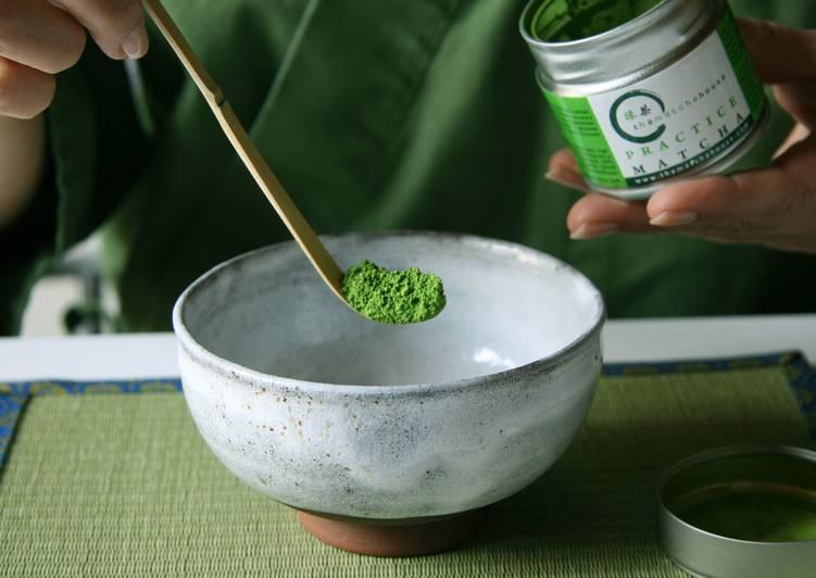 Cómo se prepara té Matcha (hay video)