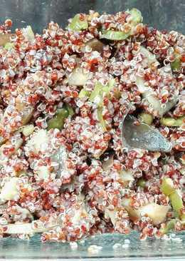 Quinoa roja con pimiento y berenjena